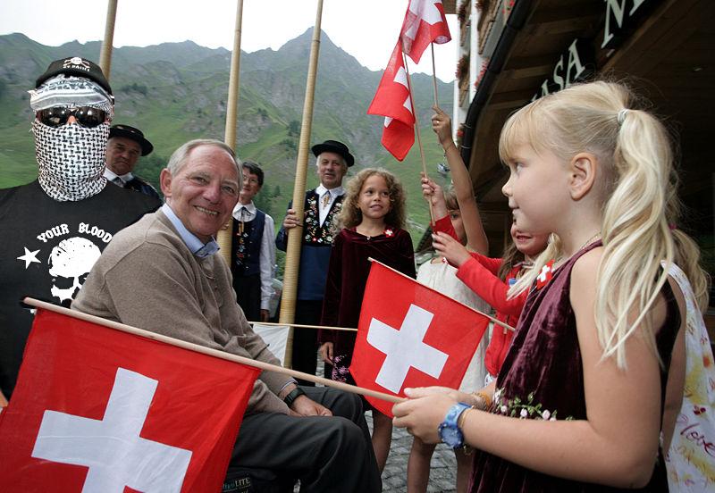 Comandante en Jefe und Wolfgang S. bei einer Stippvisite im Schweizer Ferienlager bei Familie Pantoffelpunk